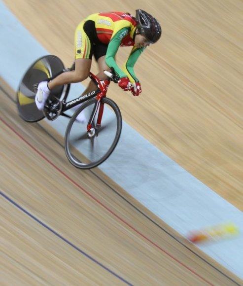 Svetlana Pauliukaitė aplenkė tik finišo nebaigusias dviratininkes.