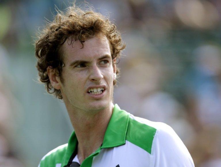 Penktą reitingą turnyre turėjęs Andy Murray savo pasirodymą baigė jau antrajame rate.