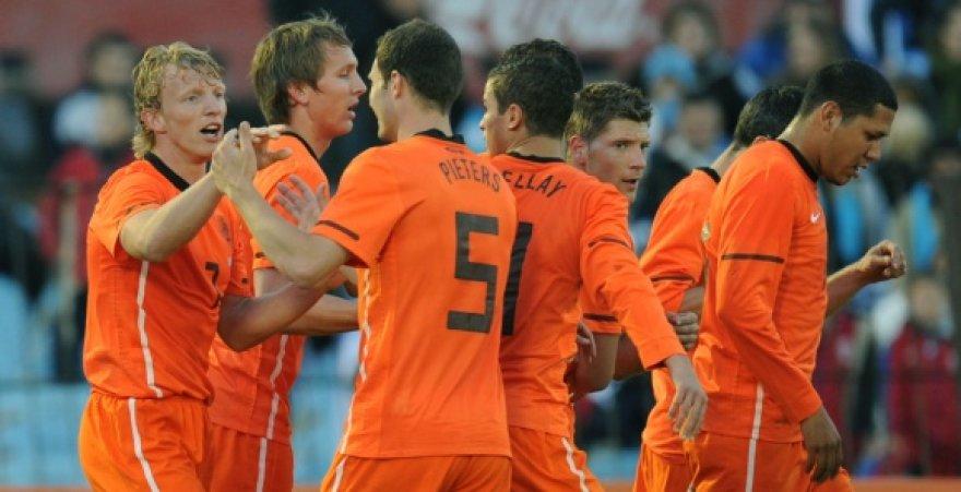 Olandijos futbolo rinktinė į FIFA reitingo viršūnę pakilo pirmą kartą istorijoje.