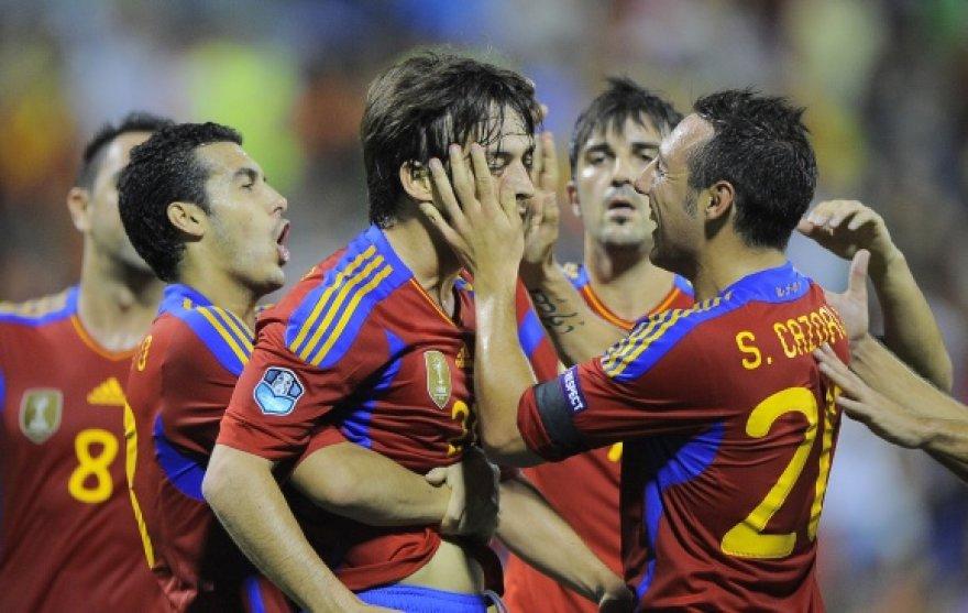 Ispanijos futbolo rinktinė gins čempiono titulą