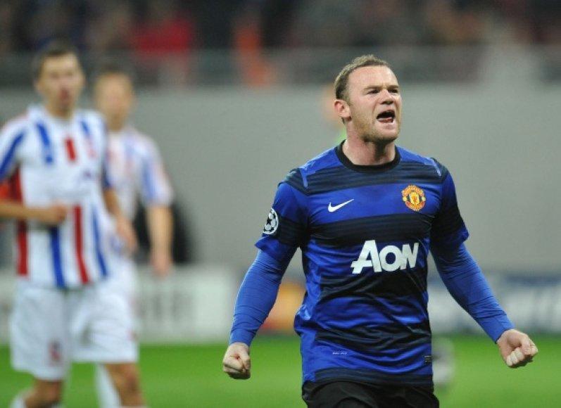 Wayne'as Rooney realizavo du 11 metrų baudinius.