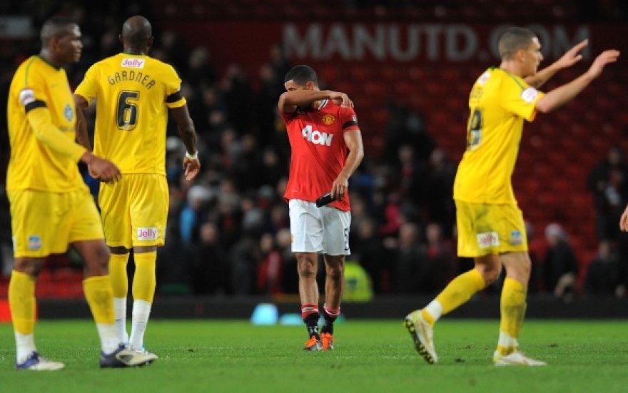 """""""Manchester United"""" nusivylimas ir """"Crystal Palace"""" triumfas."""