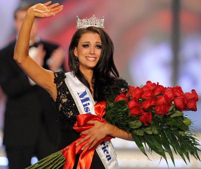 """Mis Amerika 2012"" Laura Kaeppeler"