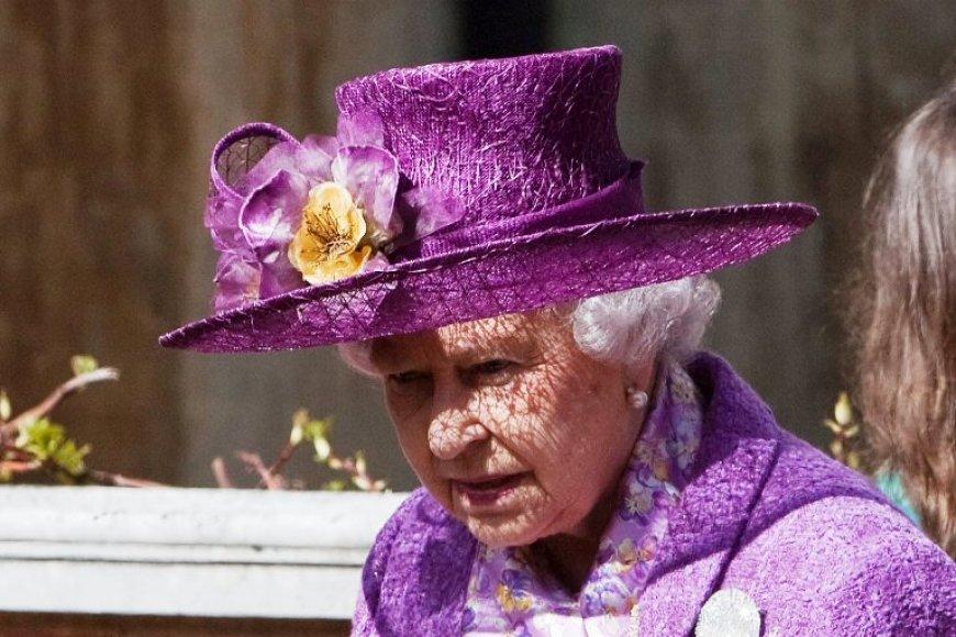 Karalienė Elizabeth II
