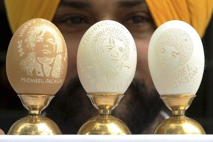 Tūkstančiai gerbėjų visame pasaulyje kasdien prisimena velionį Michaelą Jacksoną.