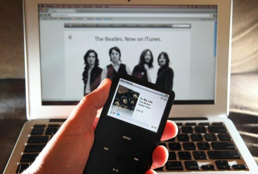 """Internetinėje muzikos parduotuvėje """"iTunes"""" nuo šiol galima įsigyti legendinės grupės """"The Beatles"""" kūrinių."""