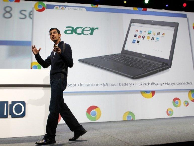 """Chrome"" viceprezidentas Sundaras Pichai pristato kompiuterius ""Chromebook""."
