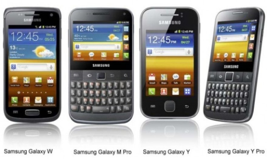 """Kompanijos """"Samsung"""" pristatė naujus """"Galaxy"""" serijos išmaniuosius telefonus."""