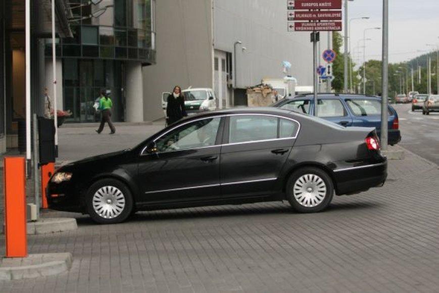 V.Milėnas darbo reikalais važinės vienu iš savivaldybės limuzino klasės automobilių