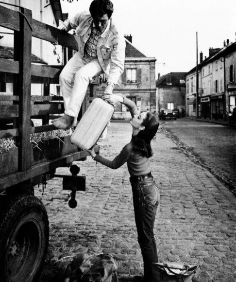 Vida Press nuotr./Audrey Hepburn ir Albertas Finney filmavimo aikštelėje