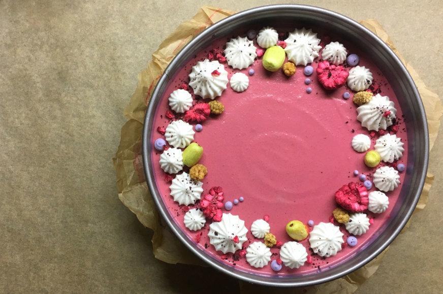 """Gamintojo nuotr./""""Raw Cakes"""" siūlomi žaliavalgiški tortai"""