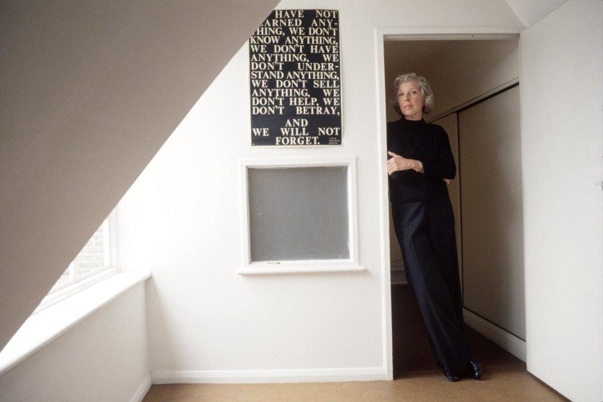 Vida Press nuotr./Martha Gellhorn savo namuose Londone