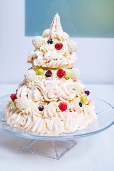 """Morengų tortas """"Eglutė"""""""