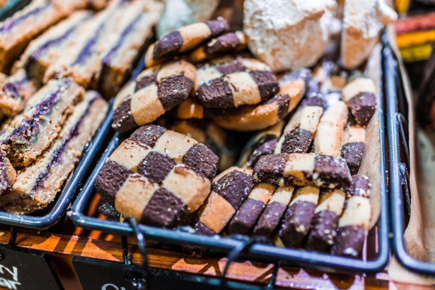 Vida Press nuotr./Trapūs dvispalviai sausainiai