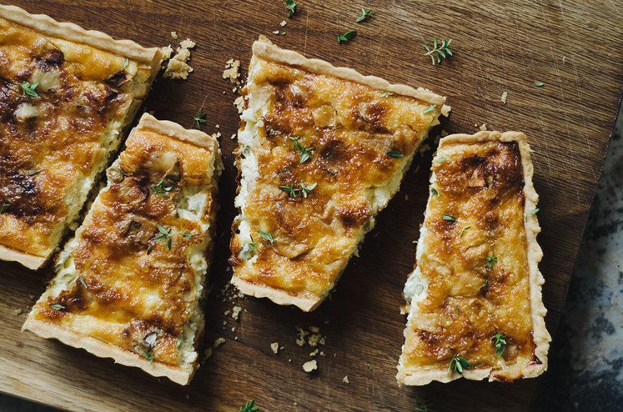 Gorgonzolos sūrio ir obuolių kišas