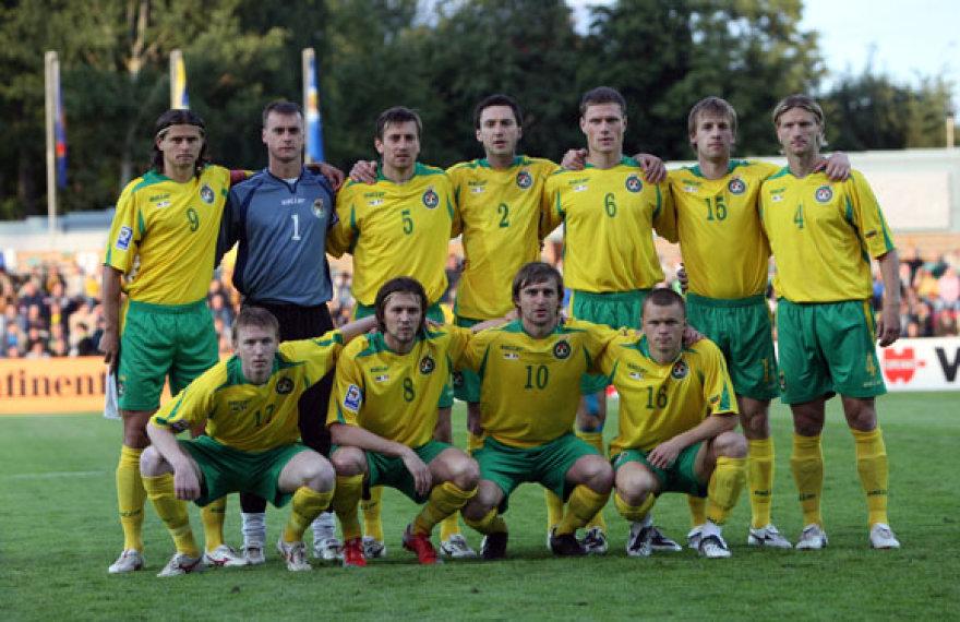 Lietuvos vyrų futbolo rinktinė