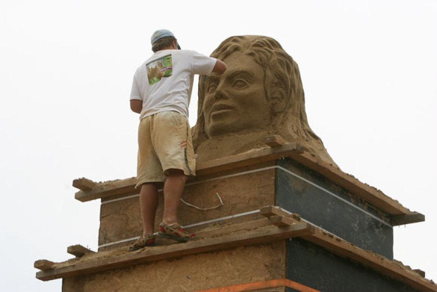 Skulptūrų statybos darbai
