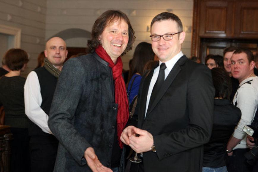 Kolegos: Kauno mažojo teatro režisierius ir meno vadovas Vytautas Balsys (kairėje) bei Kauno valstybinio dramos teatro aktorius Tomas Erbrėderis
