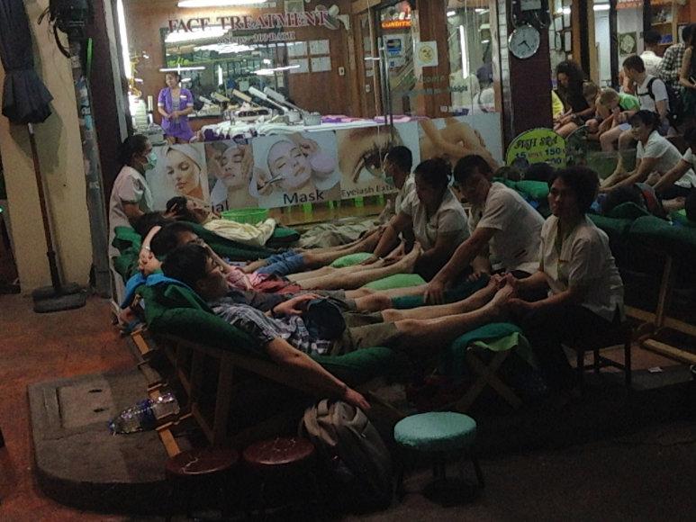 Karolio Barecko nuotr./Masažai – įprasta atostogų Tailande dalis