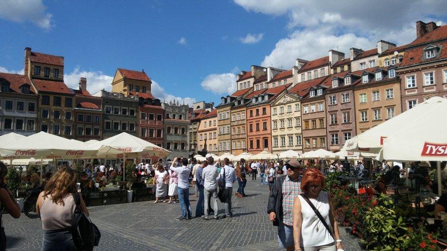 Vaido Mikaičio nuotr./Turgaus aikštė Varšuvos senamiestyje