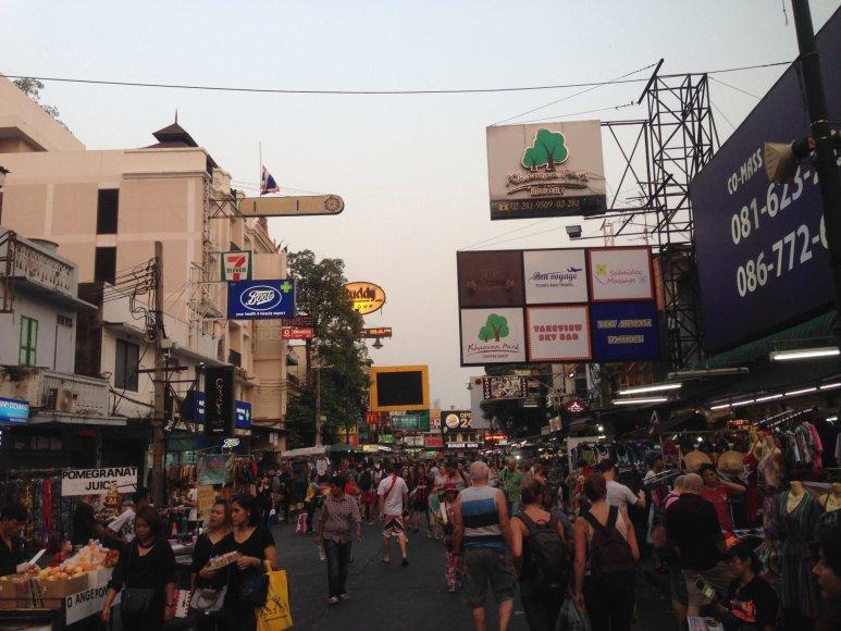 Karolio Barecko nuotr./Turistų rajonas Khao San Road, Bankokas
