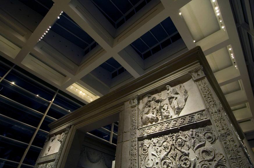 """""""Ara Pacis"""" – virtualus turas, žiūrovams suteikiantis daug emocijų ir naujų žinių apie Amžinąjį miestą"""