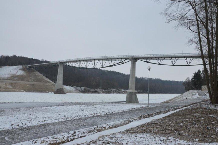 Alytaus miesto savivaldybės nuotr./Pėsčiųjų ir dviračių tiltas Alytuje
