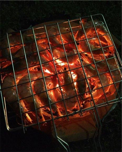 Karolio Žukausko nuotr./Grilyje ne mėsa – krevetės