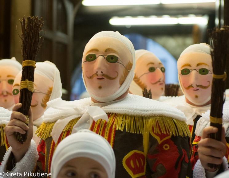 Gretos Pikutienės nuotr./Užgavėnių karnavalas Belgijoje, Binche miestelyje