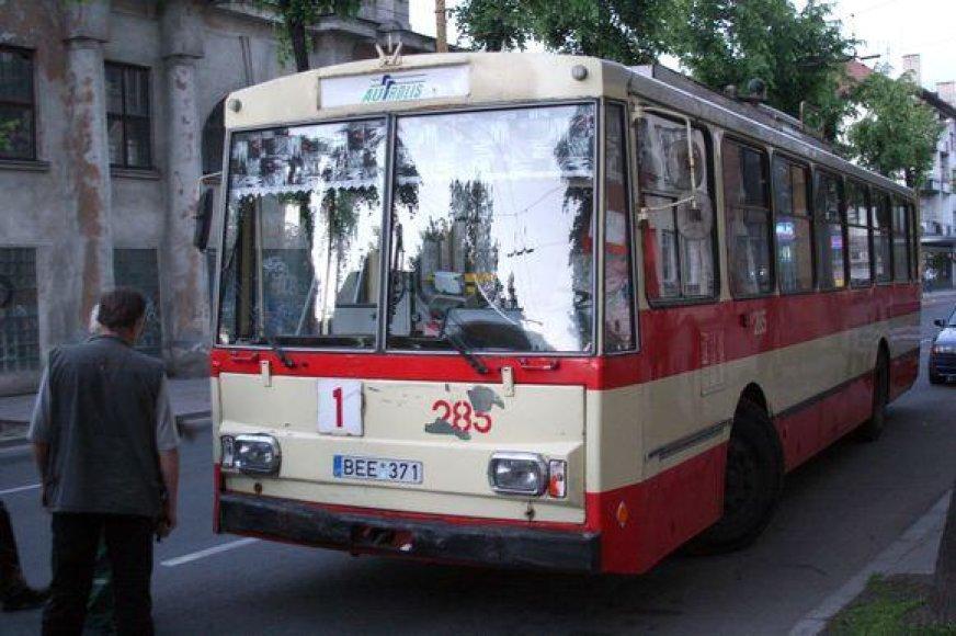 Miesto troleibusų parkui vadovausiantis M.Legas pastarąjį dešimtmetį dirbo su transportu tiesiogiai nesusijusiose įmonėse.