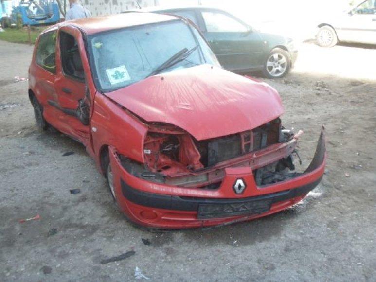Taip atrodo vienas iš BMW taranuotų automobilių.