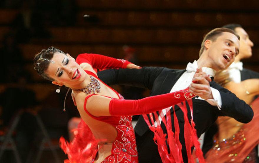 """45-ųjų tarptautinių sportinių šokių varžybų """"Gintarinė pora 2010"""" akimirka"""