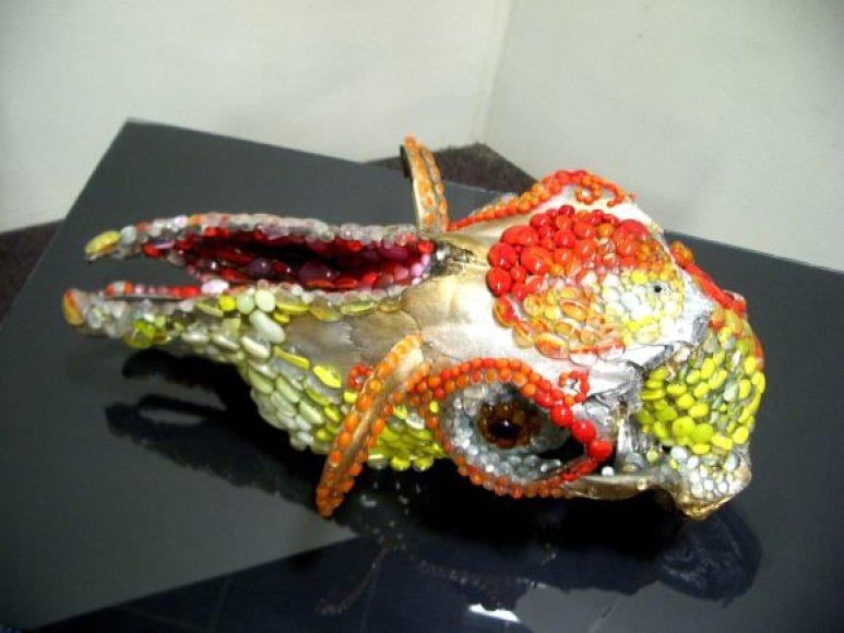 Tado Ivanausko zoologijos muziejuje eksponuojami netikėti stiklo eksperimentai, kurių autorės studentės.