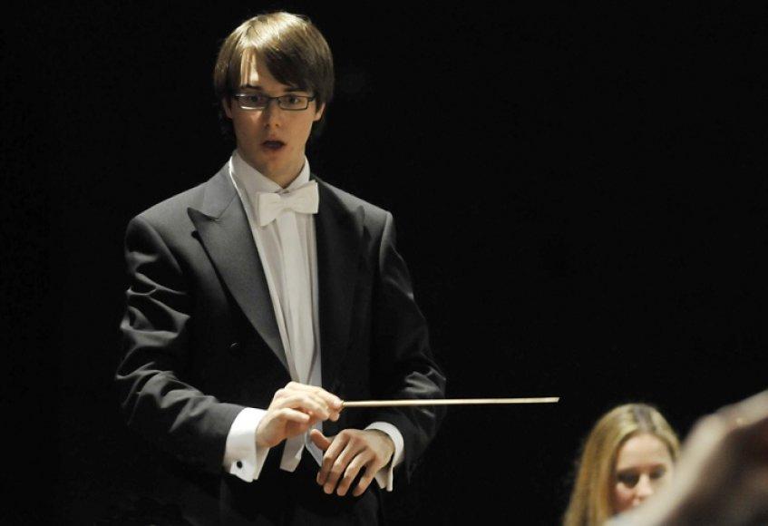 Jaunasis dirigentas Luca Bizzozero
