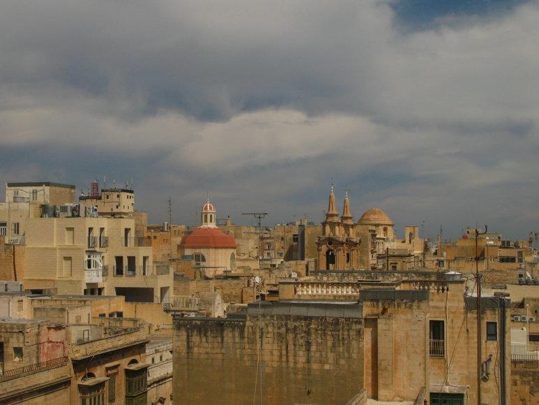 Godos Juocevičiūtės nuotr./Maltos miestų horizontas tirštas istorijos