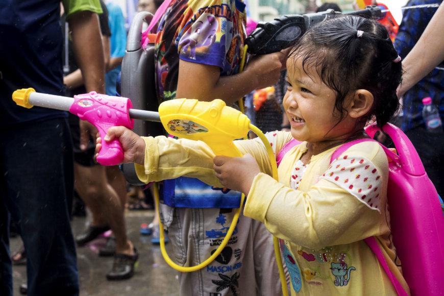 123rf.com /Songkrano festivalis Tailande