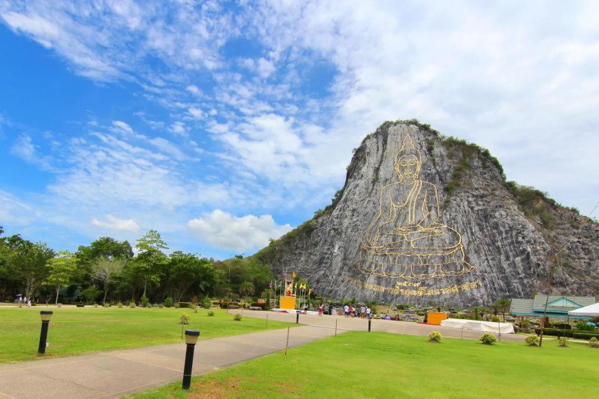 123rf.com /Khao Chi Chan skulptūra yra viena populiariausių tarp turistų Patajoje