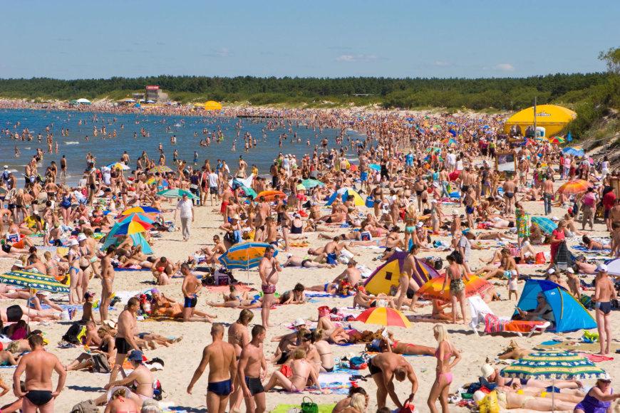 123rf.com/Palangos paplūdimys karštą birželio dieną