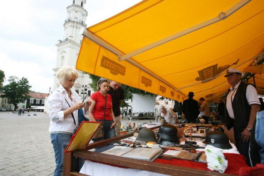 """Sendaikčių turgus, organizatorių šelmiškai vadinamas """"balaganu"""", vyks kiekvieną sekmadienį, visą vasarą."""