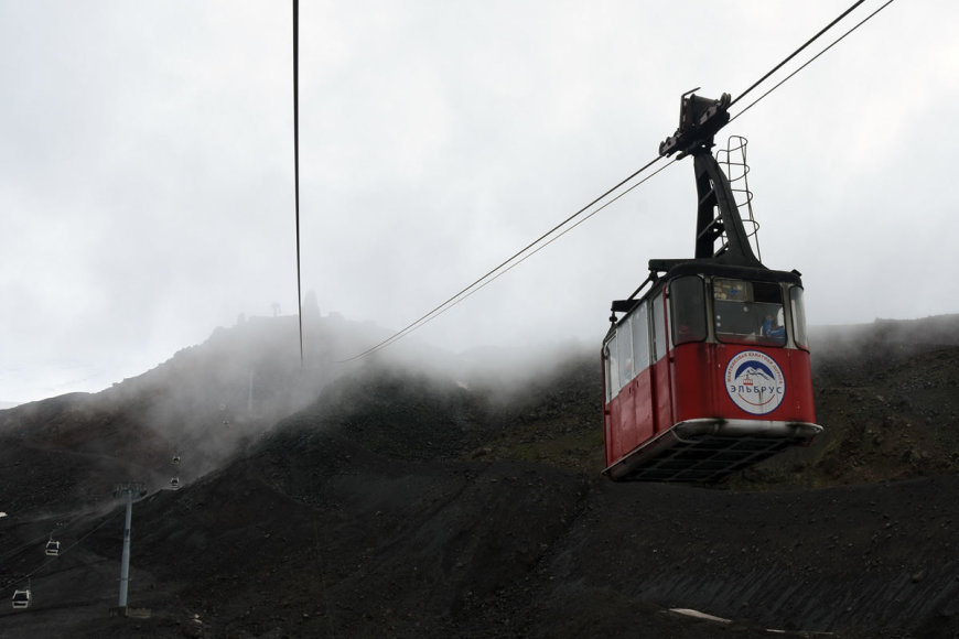 """Dainiaus Babilo nuotr./""""Narsuolių"""" komandos kopimas į Elbrusą"""
