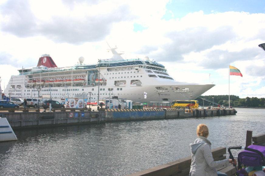 Per šį sezoną uostamiestį aplankė mažiau kruizinių laivų nei pernai, tačiau jie atplukdė daugiau turistų.