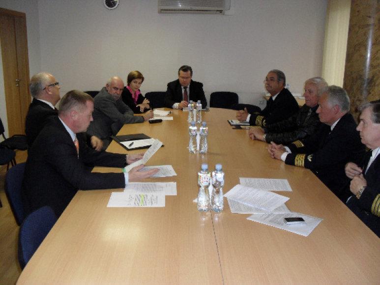 Dėl Jūrininkų ligoninės pavadinimo vyko susitikimas su ministru R.Šukiu.