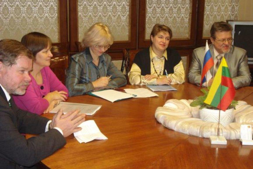 Klaipėdos regiono atliekų tvarkymo centras ir Nemano savivaldybės administracijos atstovai vizito Klaipėdoje metu pasirašė Bendradarbiavimo ketinimų protokolą.
