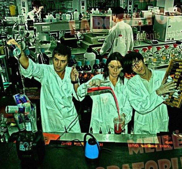 Apsilankiusieji meilės laboratorijos atidaryme bus kviečiami įsimylėti iš naujo.