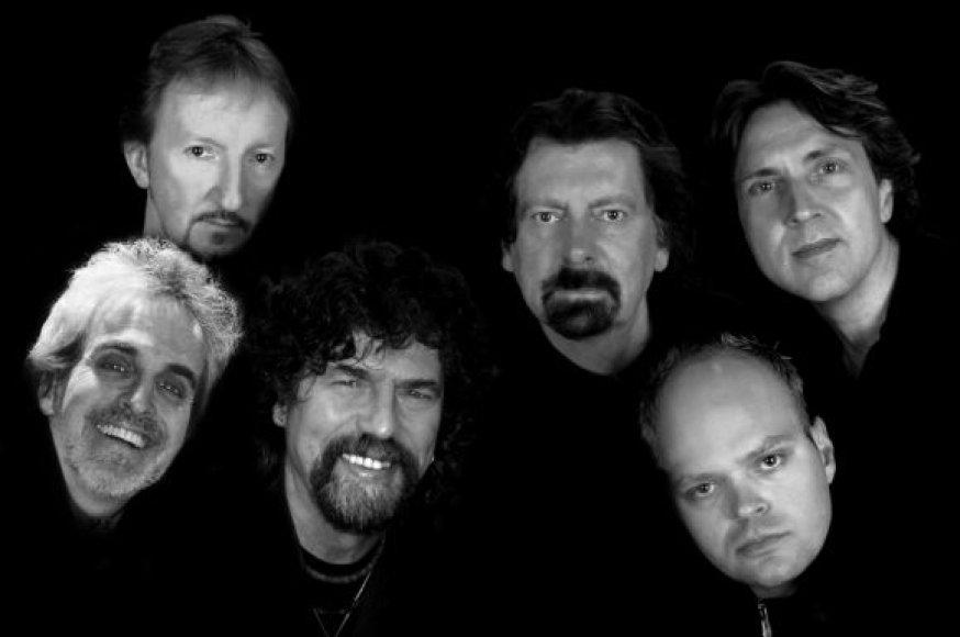 """Klaipėdoes """"Švyturio arenoje"""" elektrinės roko muzikos grupė """"The Orchestra"""" koncertuos rudenį."""