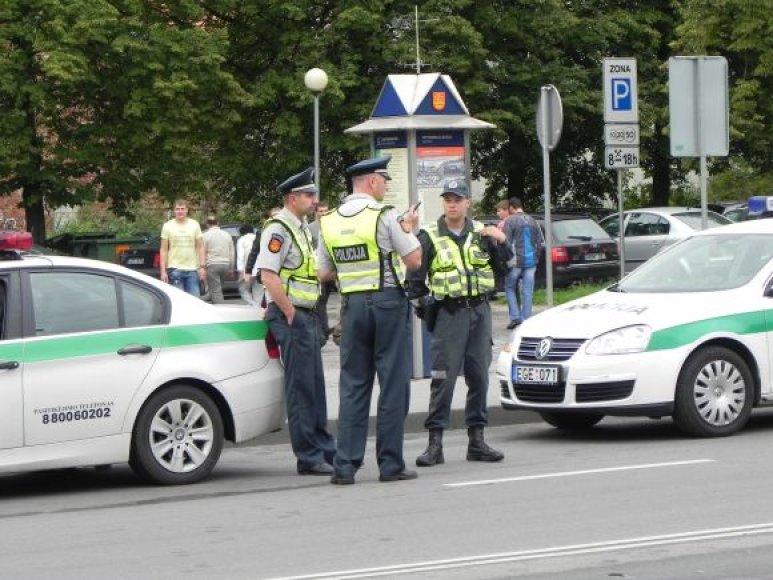 Jūros šventę saugo nemenkos policijos pajėgos.
