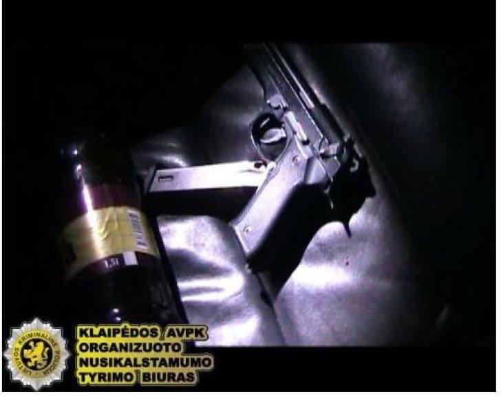 Sulaikytas klaipėdietis turėjo ir ginklą su šešiais šoviniais.