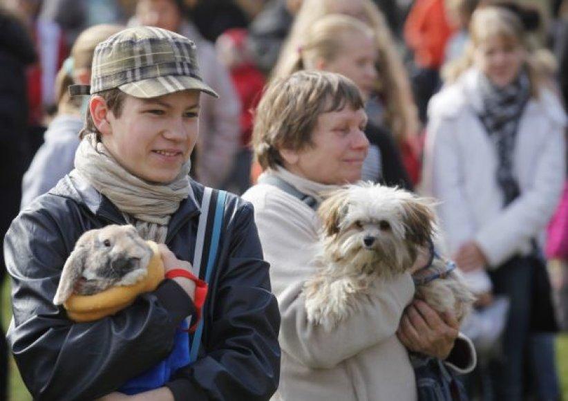 Gargžduose į Pasaulinės gyvūnų dienos renginius susirinko pusė tūkstančio žiūrovų.