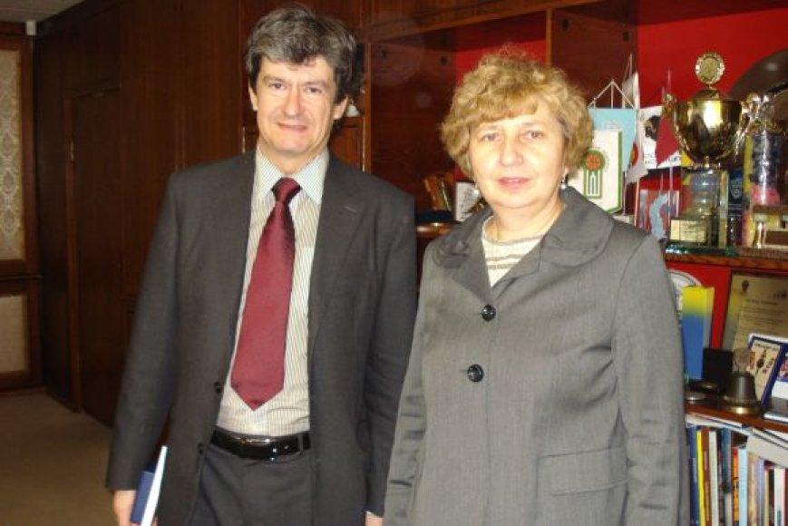 Klaipėdoje penktadienį viešėjo Austrijos ambasadorius Helmut Barnhard Koller. Jį sutiko vicemerė J.Simonavičiūtė.