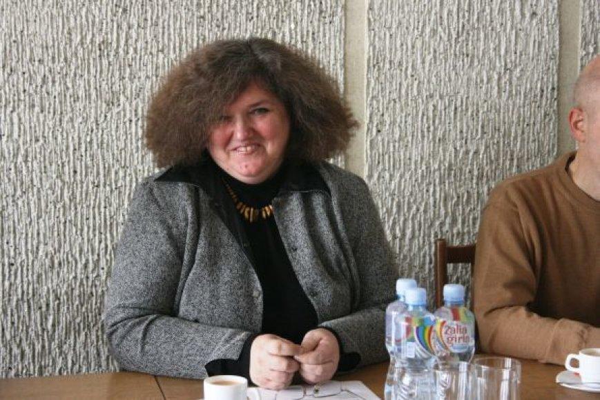 A.Žigaitytė teigė nereaguojanti į profsąjungos pareiškimus, o tęsianti pradėtus darbus.